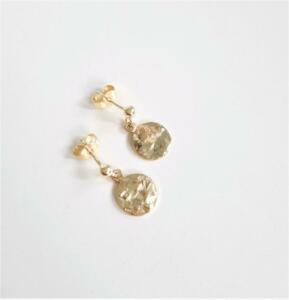 14 krt. gouden oorstekers € 415,00